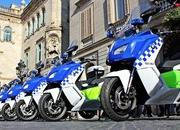 BMW Delivers Fleet Of Electric Maxi Scooters To Barcelona Police - image 621605