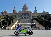 BMW Delivers Fleet Of Electric Maxi Scooters To Barcelona Police - image 621603