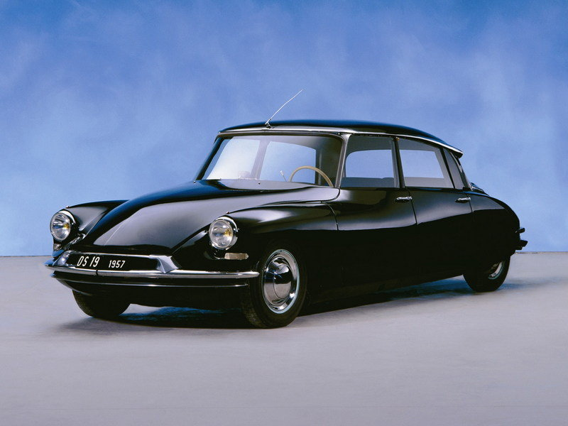 Citroen DS - A Look Back High Resolution Exterior - image 621416