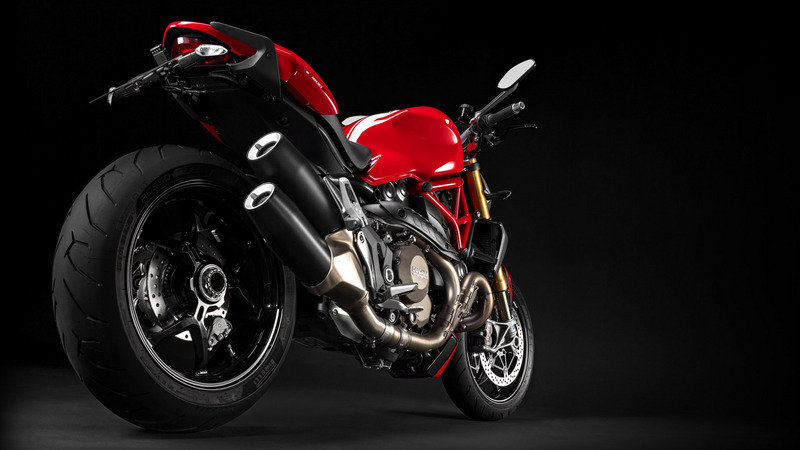 2015 Ducati Monster 1200 S Stripe High Resolution Exterior - image 623972