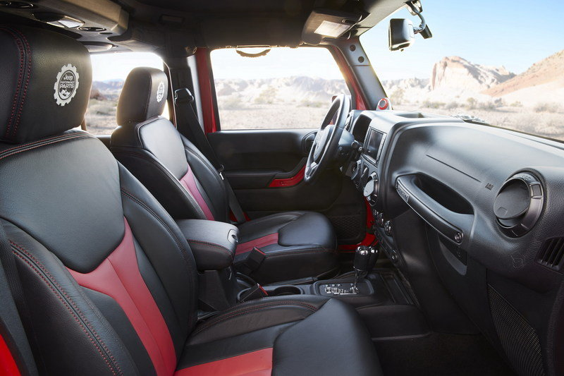 2015 Jeep Wrangler Red Rock Responder Interior - image 622872
