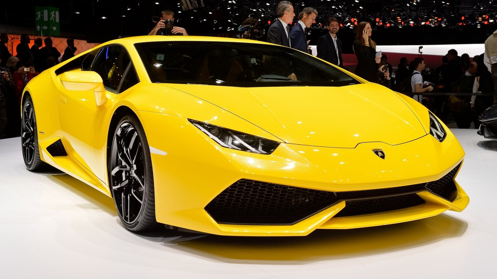 Lamborghini Huracan To Get Superleggera And Lp610 2