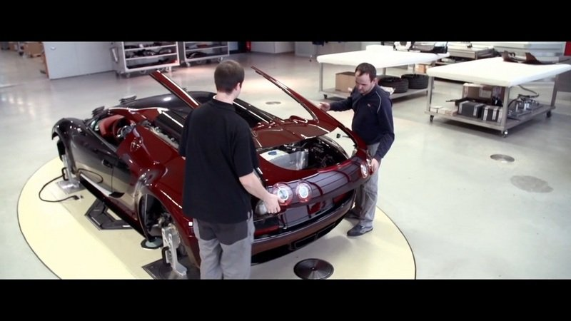 Making of Bugatti Veyron 16.4 Grand Sport Vitesse La Finale: Video