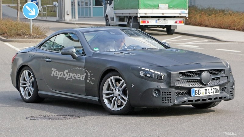 Mercedes SL Facelift Reveals Its Interior: Spy Shots