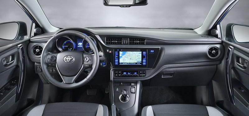 2015 Toyota Auris High Resolution Interior - image 619863