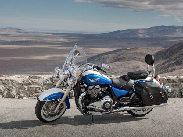 2015 triumph thunderbird lt motorcycle review top speed. Black Bedroom Furniture Sets. Home Design Ideas