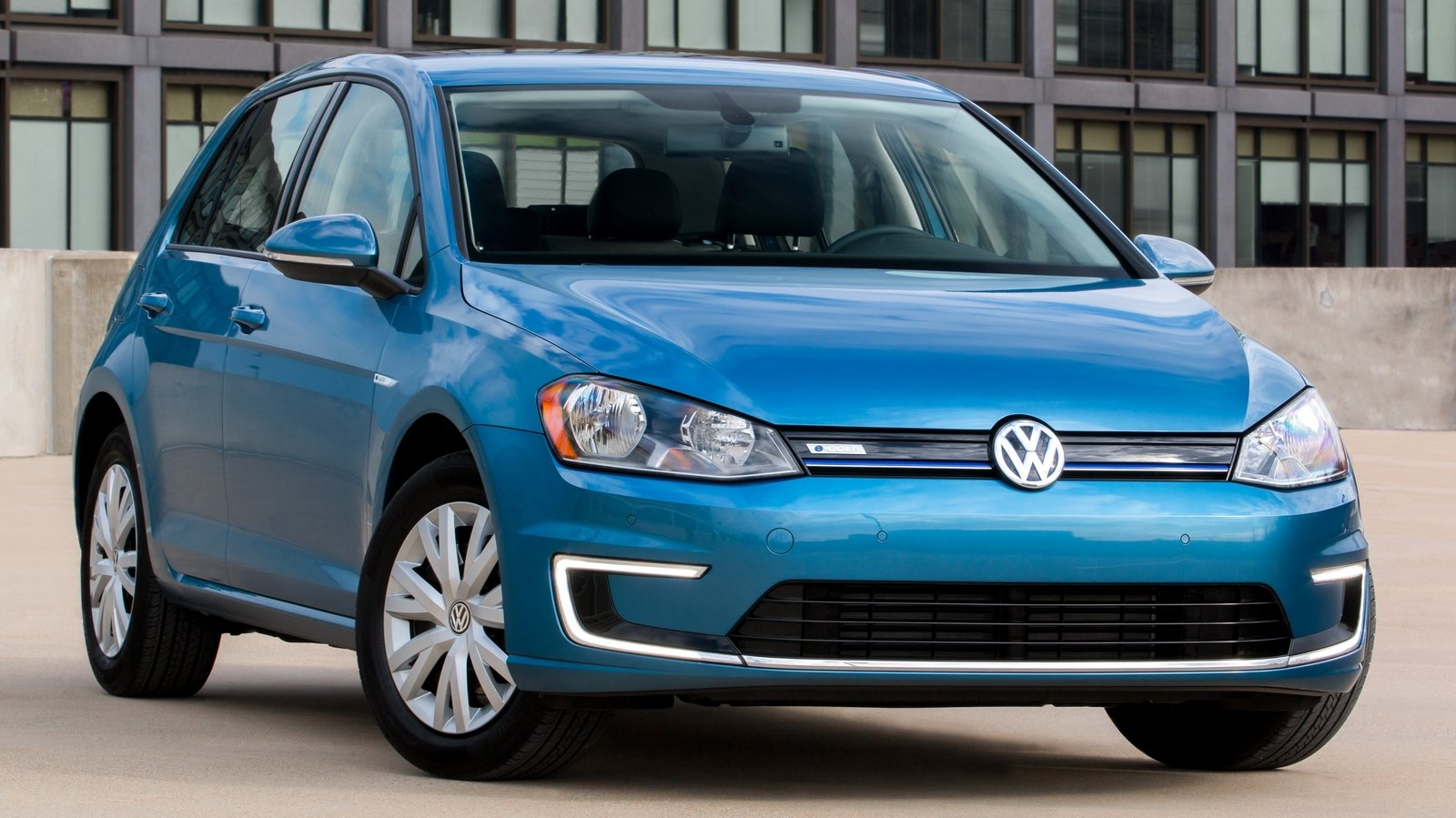 volkswagen  golf limited edition picture  car review  top speed