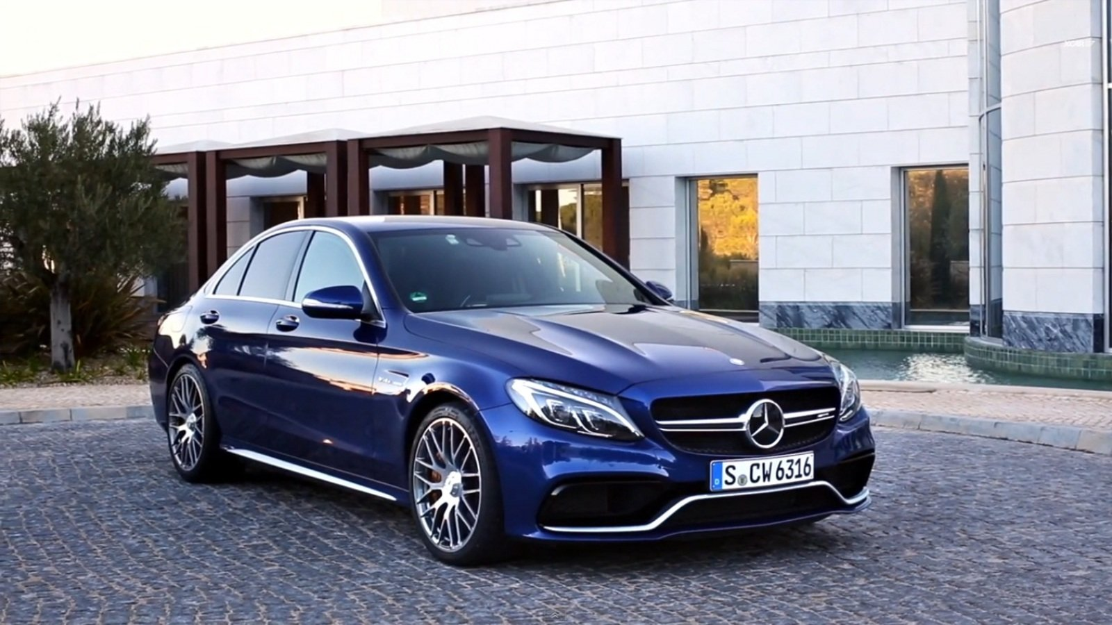 Mercedes amg c63 s reviewed by xcar video news top speed for How much is a mercedes benz c63 amg