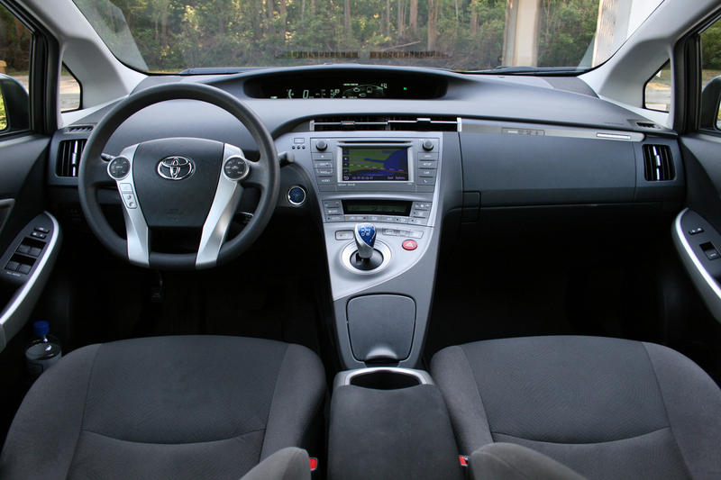2014 Toyota Prius Plug-in - Driven - image 626582