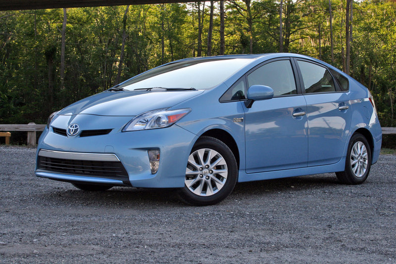 2014 Toyota Prius Plug-in - Driven - image 626561