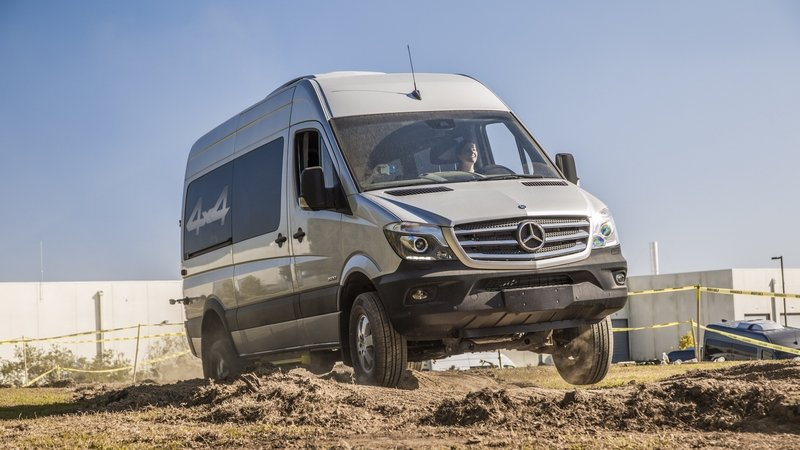 Mercedes Could Build All-Electric Sprinter for 2018
