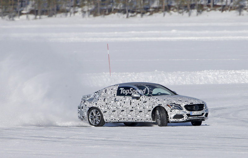 2016 Mercedes-Benz C-Class Coupe Snow-Drifting: Spy Shots - image 624905