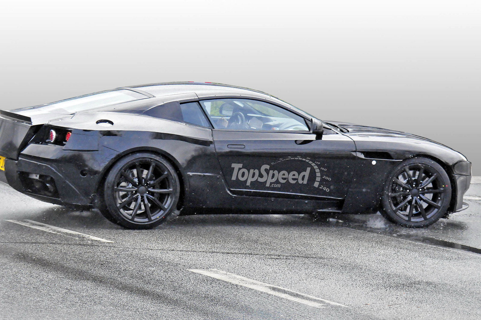 2017 Aston Martin DB9 - Picture 625593 | car review @ Top ...