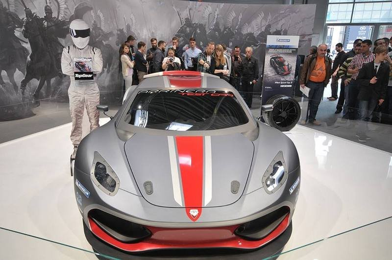 2016 Arrinera Hussarya Race Car