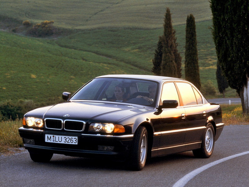 BMW 7 Series - A Look Back Exterior - image 626813