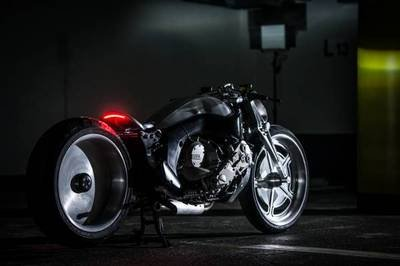 BMW Motorrad Japan Showcases Two New