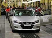 New Nissan Maxima Goes Into Production - image 627786