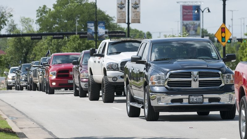 Ram Sets Guinness World Record With Longest Pickup Truck Parade