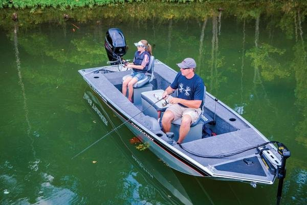 2015 tracker panfish 16 boat review top speed for Tracker fishing boats