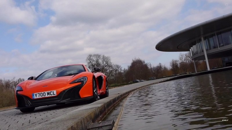 XCAR Reviews McLaren 650S: Video