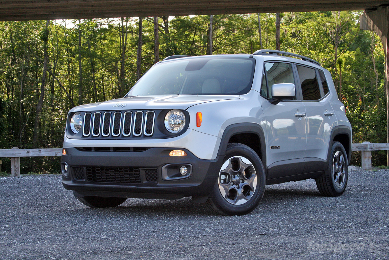 2015 jeep renegade driven review gallery top speed. Black Bedroom Furniture Sets. Home Design Ideas
