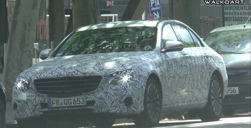 2017 Mercedes E-Class Caught On The Road: Video
