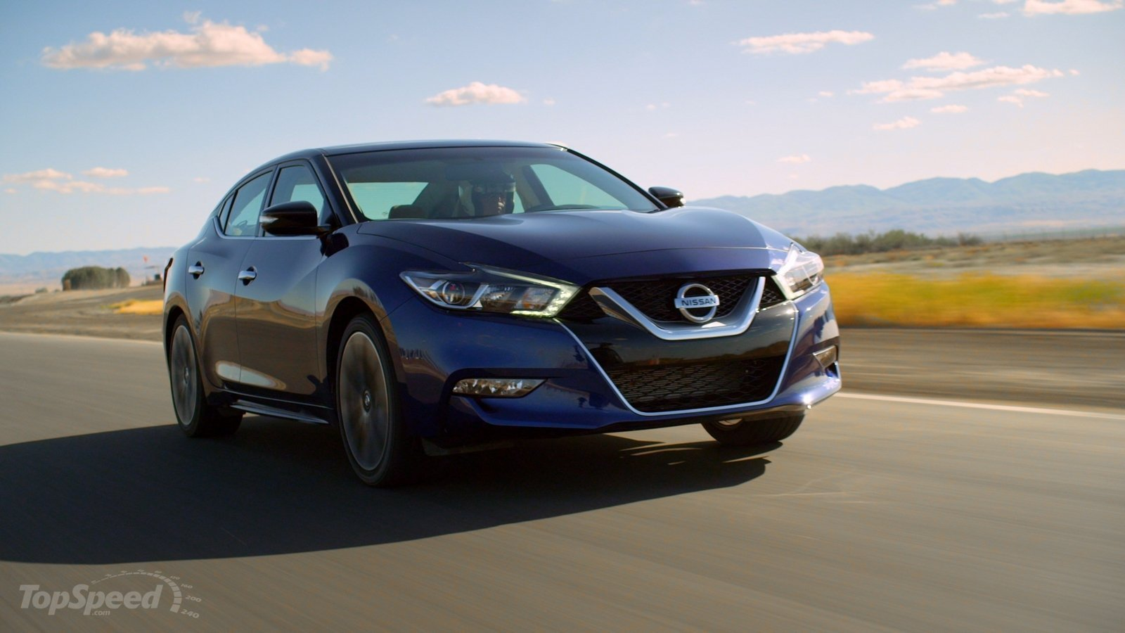 2016 nissan maxima bests bmw and audi sports sedans on the track video news top speed. Black Bedroom Furniture Sets. Home Design Ideas