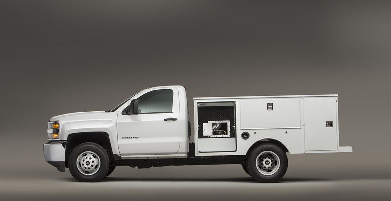 Chevrolet Silverado Chassis Cab Gets CNG Capability - image 629492