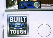 2016 Ford F-150 Gets CNG Capability - image 628863