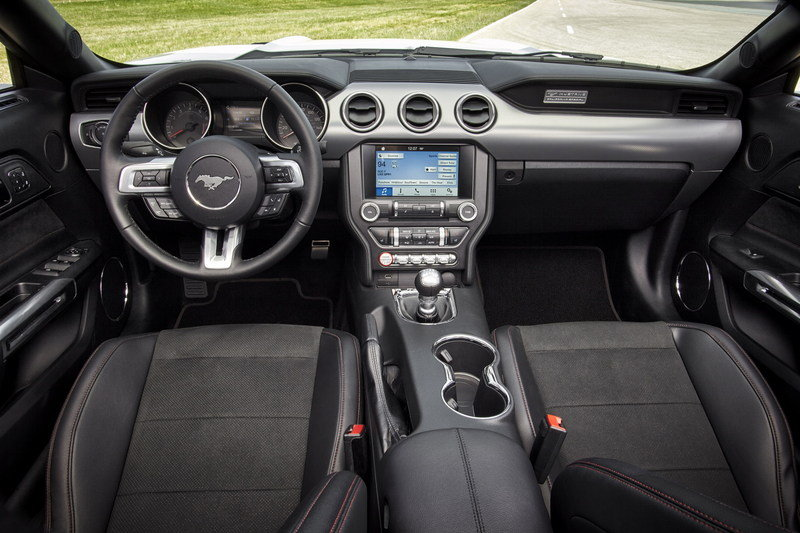 2016 Ford Mustang Interior - image 629738