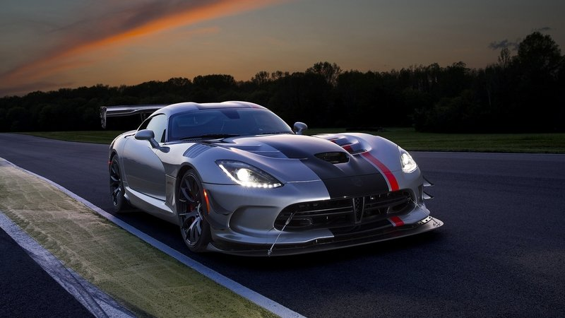 How The Dodge Viper Is Being Hand-Built In Detroit