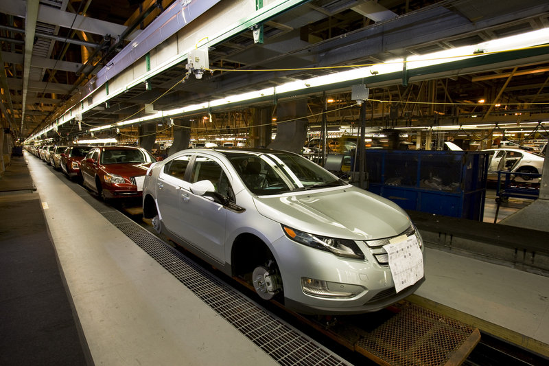 Last First-Gen Chevy Volt Rolls Off the Assembly Line