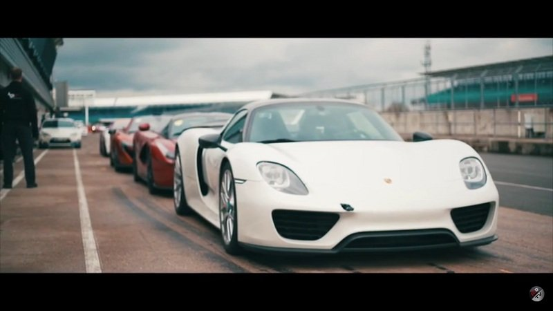 McLaren P1, LaFerrari And Porsche 918 At Silverstone: Video