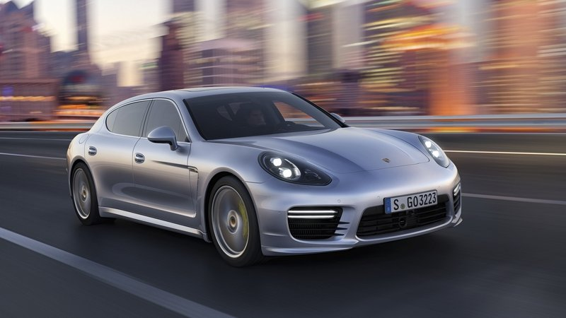 Porsche Works On Improved Cornering Cruise Control