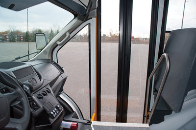 2015 Ford Transit Gets Ready For School - image 631774