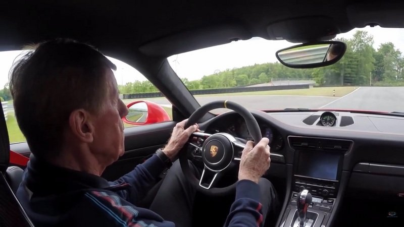 Walter Röhrl Drives The New Porsche 911 GT3 RS: Video