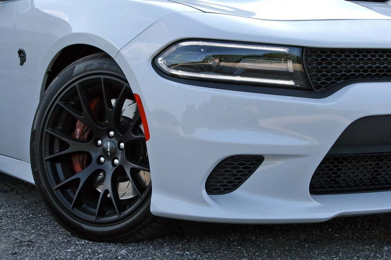 2015 dodge charger srt hellcat driven picture 633235 car review top speed. Black Bedroom Furniture Sets. Home Design Ideas