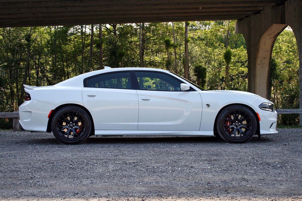 2015 dodge charger srt hellcat driven picture 633231 car review top speed. Black Bedroom Furniture Sets. Home Design Ideas