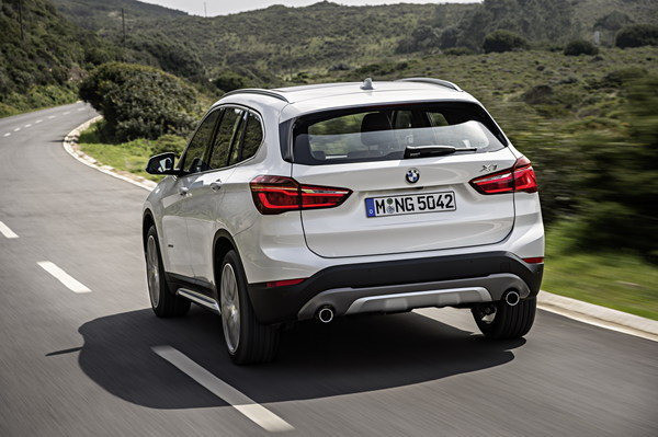 2016 bmw x1 car review top speed. Black Bedroom Furniture Sets. Home Design Ideas