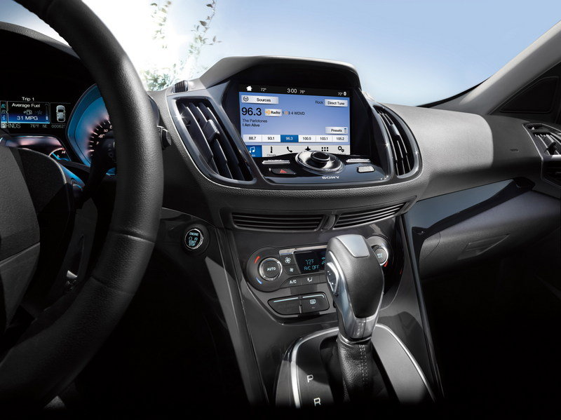 Sync 3 Will Debut in the 2016 Ford Fiesta and Escape Interior - image 632341