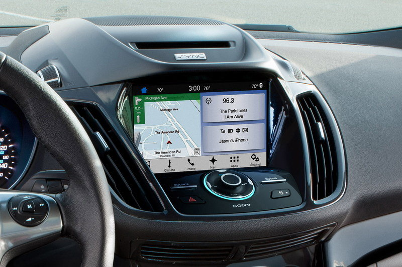 Sync 3 Will Debut in the 2016 Ford Fiesta and Escape Interior - image 632342