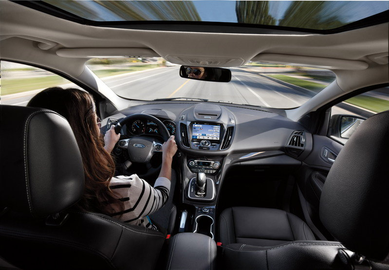 Sync 3 Will Debut in the 2016 Ford Fiesta and Escape Interior - image 632343