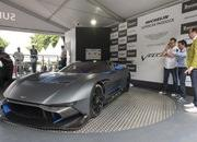 Aston Martin Vulcan Made Its Public Track Debut at Goodwood - image 635195