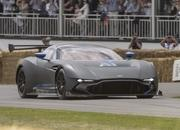 Aston Martin Vulcan Made Its Public Track Debut at Goodwood - image 635196