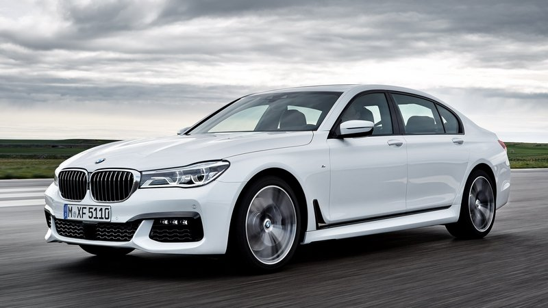 BMW 7 Series Could Get M Performance Version