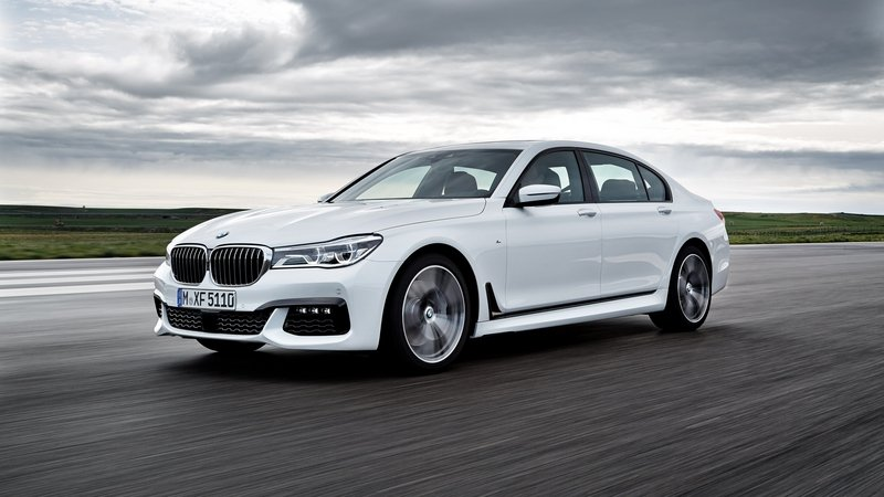 2016 BMW 7 Series w/ M Sport Package