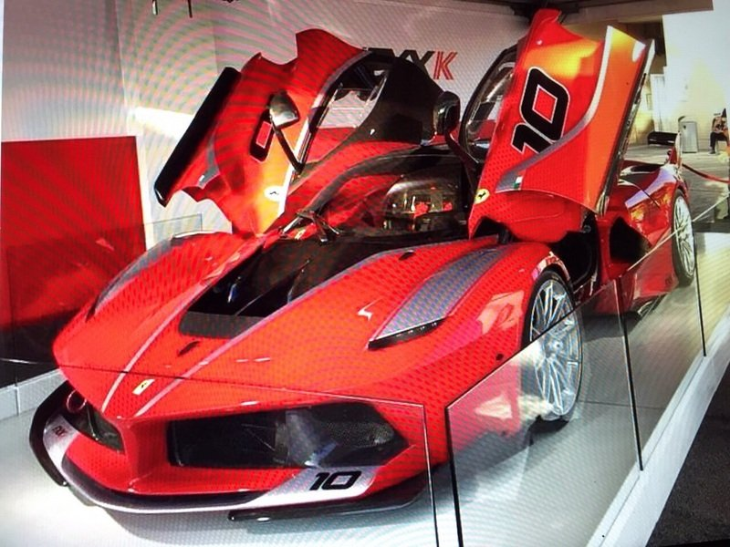 ferrari fxx k can be yours for 4 million news top speed. Black Bedroom Furniture Sets. Home Design Ideas