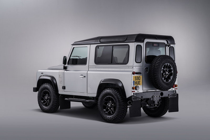 Land Rover Celebrates Its 2 Millionth Defender With One-Off Edition High Resolution Exterior - image 634658