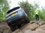 Land Rover Reveals Remote-Controlled Range Rover Sport - image 634124
