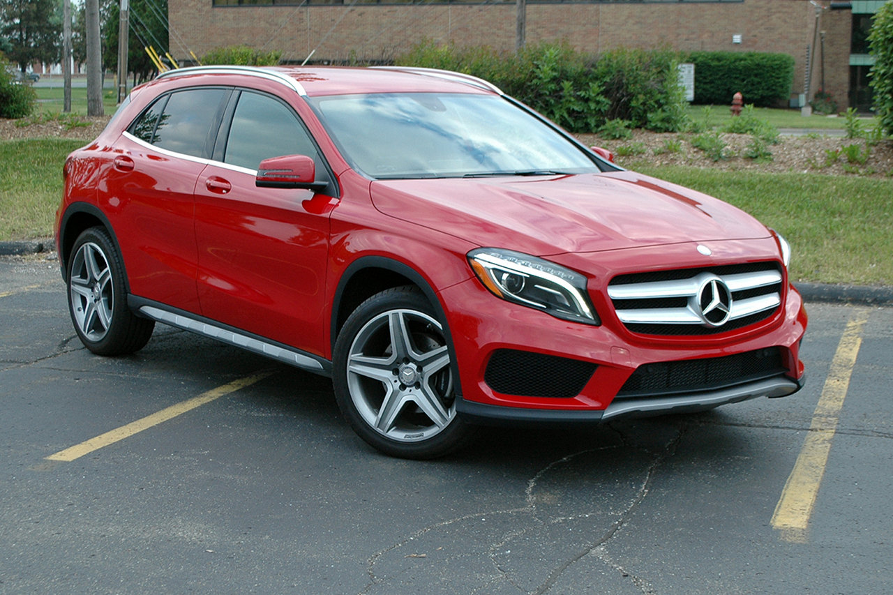 2015 mercedes gla 250 driven picture 633944 car review top speed. Black Bedroom Furniture Sets. Home Design Ideas